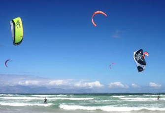 Kitesurfing Lessons in Cape Town